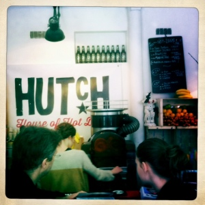 Hutch-hotdog-house-Paris-2