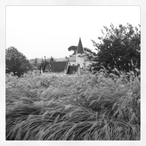 La Chapelle de Cheval Blanc vue du toit du Chai