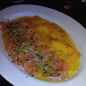 La cevicheria saumon mangue
