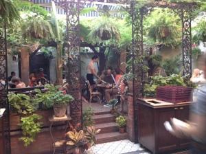 Maison Première Brooklyn patio