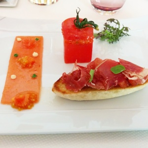 pan con tomate jabugo Etchebest 1664 Foodwineandstyle